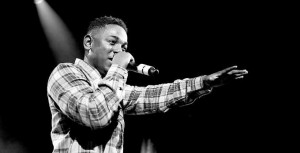 Kendrick Lamar on Stage. Pictures curtsey of Google.
