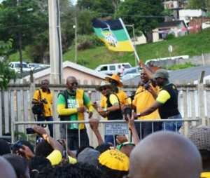 ANC leaders sharing a dance on the stage. Picture by: Thobele Nzama