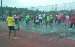 Head Instructor of Body Dynamics Siyabonga Mkhize conducting his session of Zumba with the members. Pictures by: ZInhle Mngadi