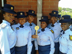 Female police do smile, but not for criminals. Pictures by: