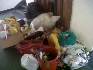 Garbage outside a malfunctioning lifts in one flat. Pictures by: Nasiphi Mvunyiswa