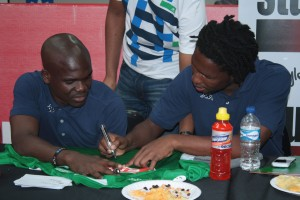 Bongani Ndulula and Goodman Dlamini signing the new kit. picture by: Nhlanhla Ndlovu